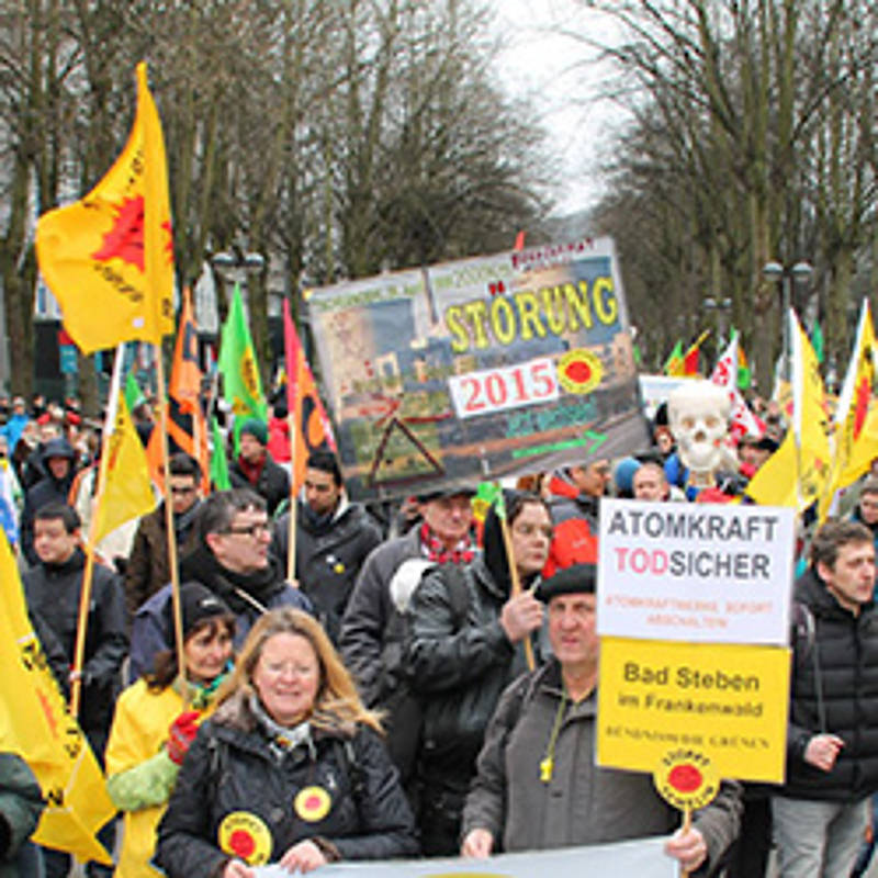 15. März 2015 Internationale Demo am AKW Tihange, Foto: www.stop-tihange.org