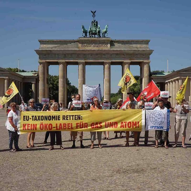 """""""EU-Taxonomie retten: Kein Öko-Label für Gas und Atom"""", 2021. Foto: LMK, IPPNW."""
