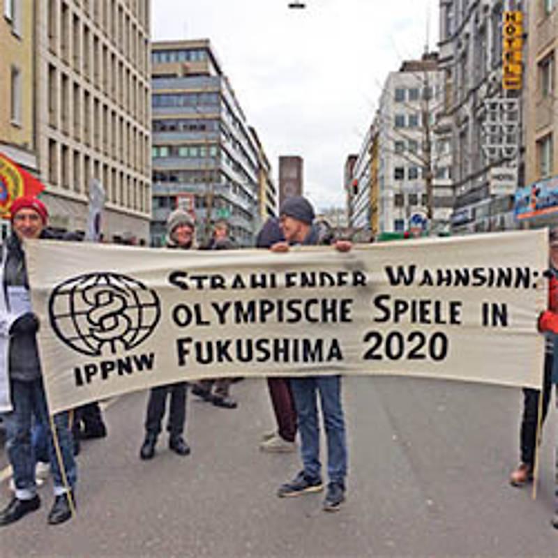 "Aktion ""Radioactive Olympics"" in Düsseldorf, Foto: IPPNW"